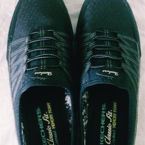 Skechers Shoes   Skechers Classic Fit